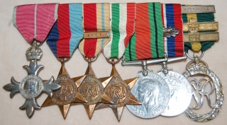 British Officer's O.B.E./ Efficiency Decoration and bars Territorial group of seven